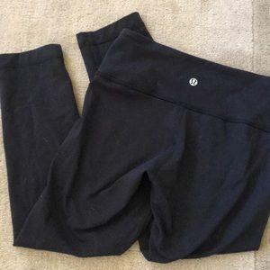 Brand new lululemon cropped black leggings